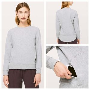 NWOT Lululemon Catch A Moment Crew Core Light Grey
